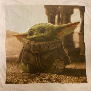 Baby yoda tshirt urban outfitters